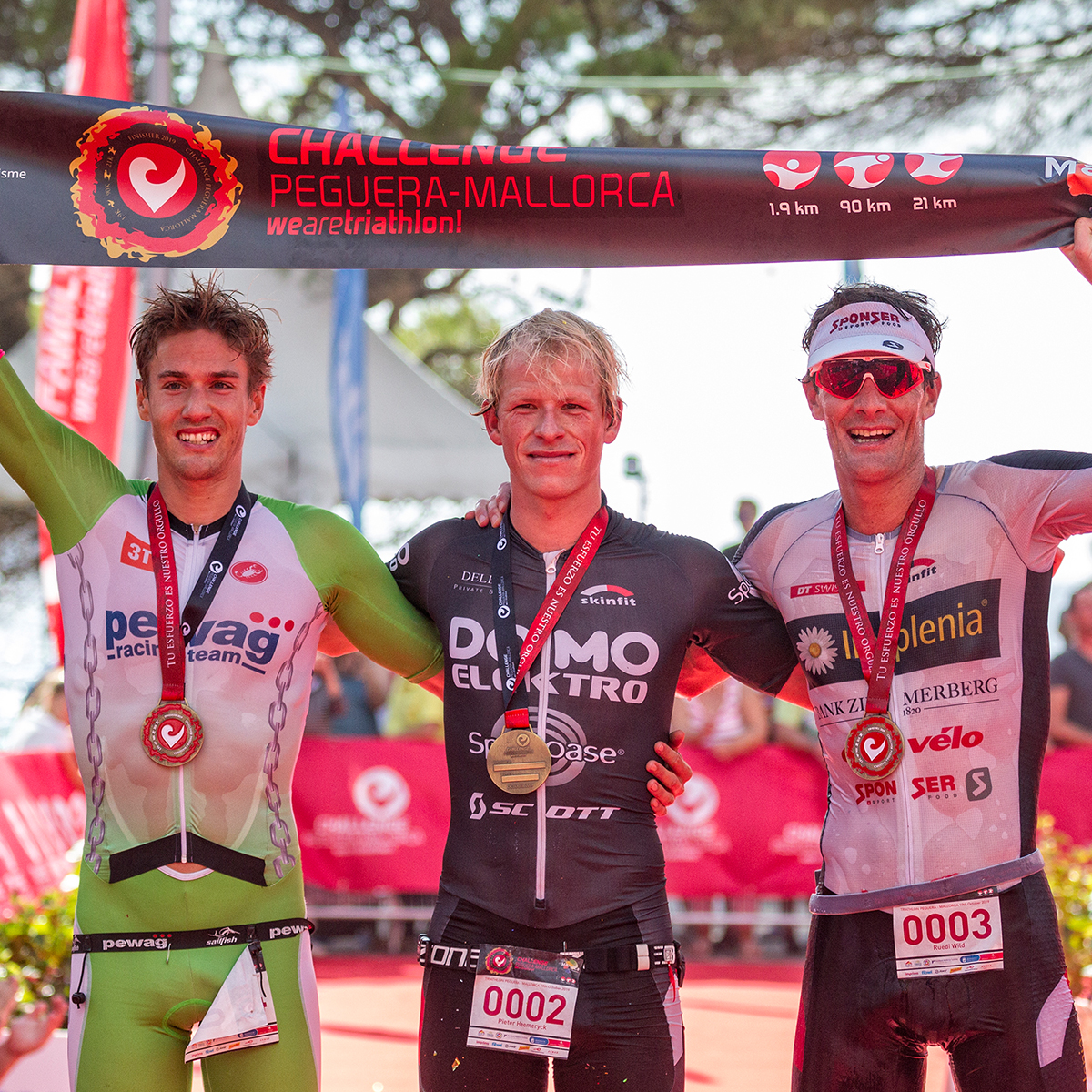 Finisher - Challenge Peguera Mallorca race magazine 2020 triathlon