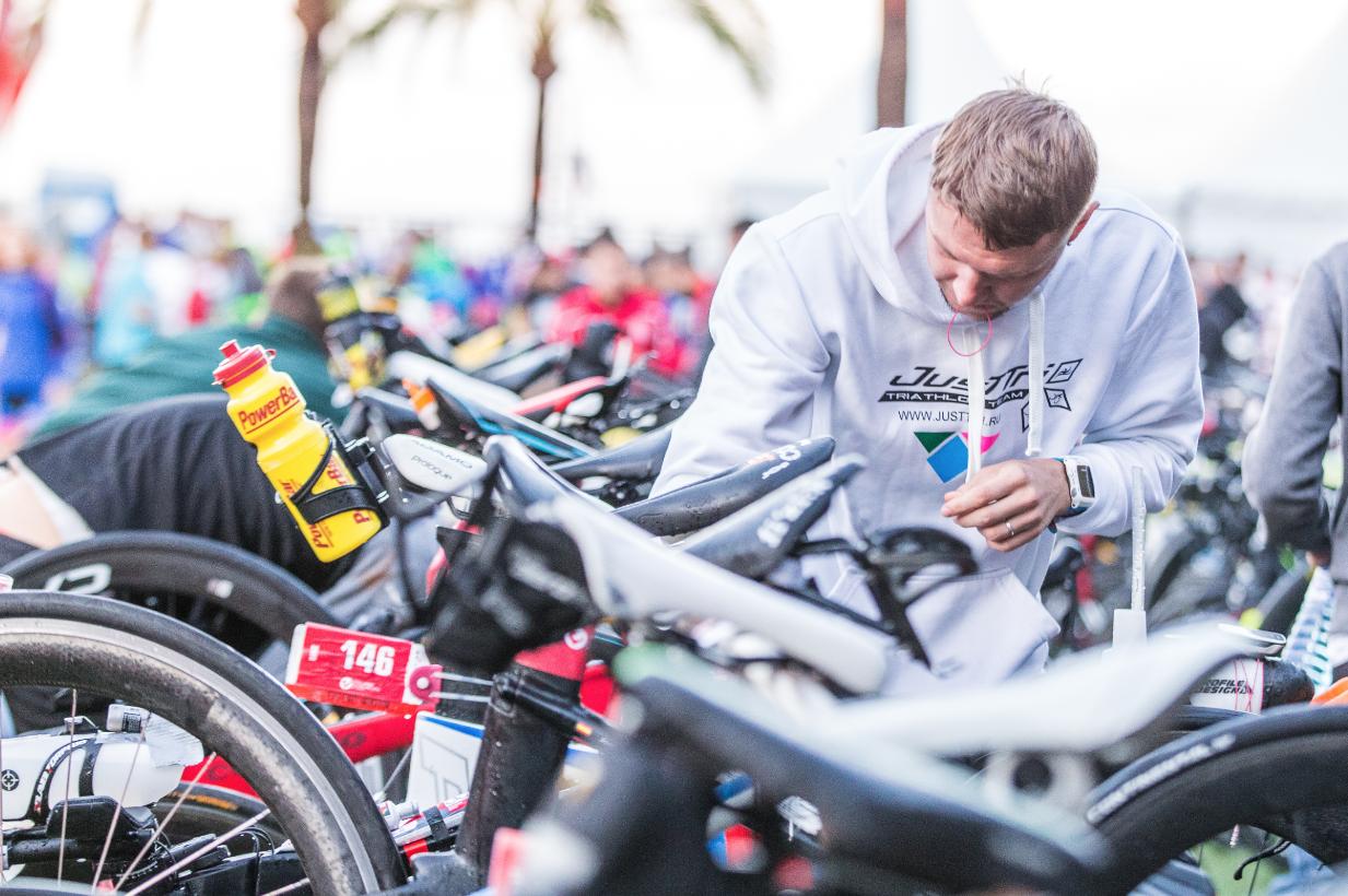 Checking zona transición Mallorca triatlón